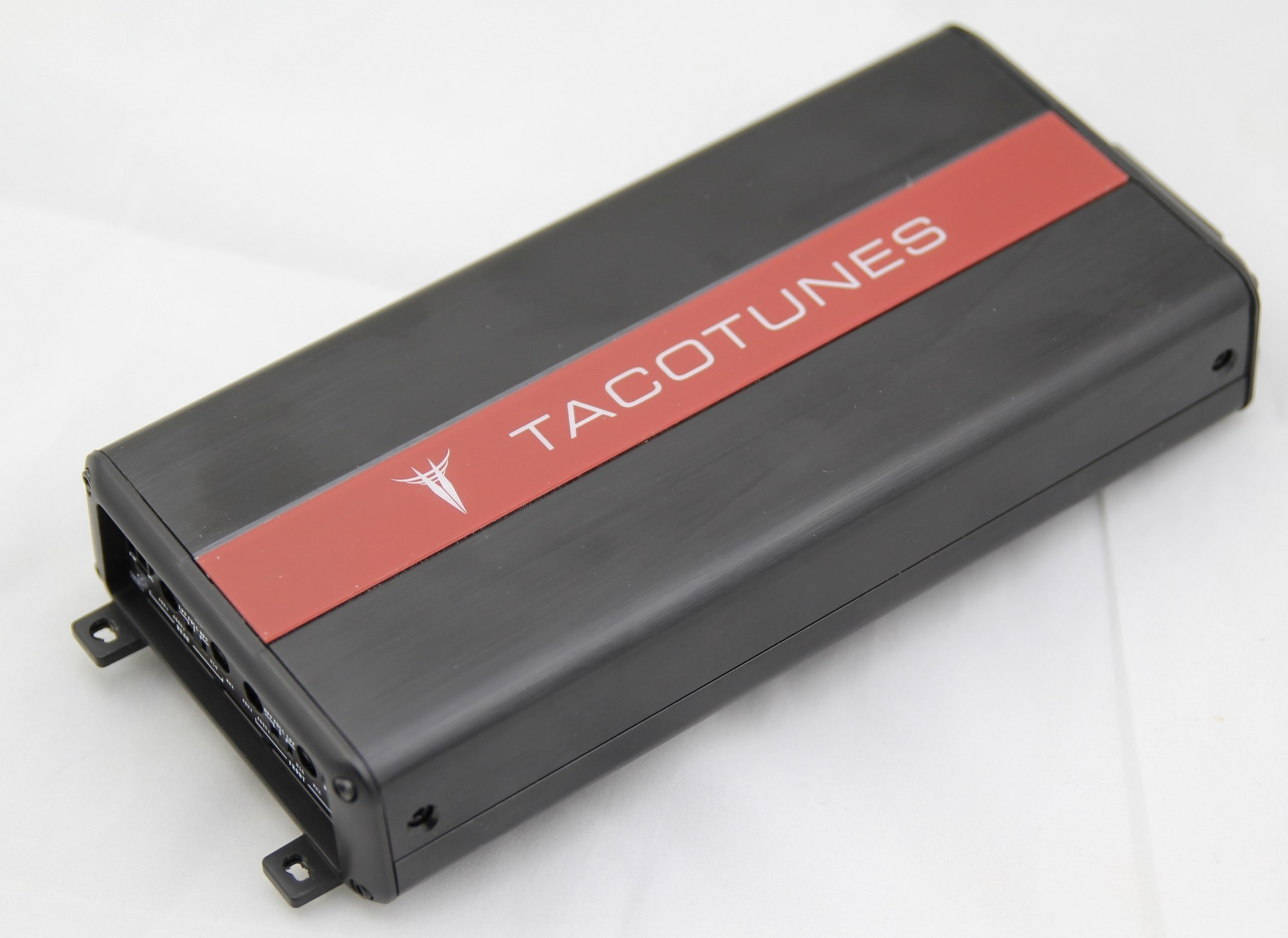 hight resolution of 4 channel amplifier txd3204