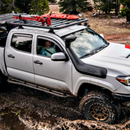 Overlanding - Yakima LockNLoad