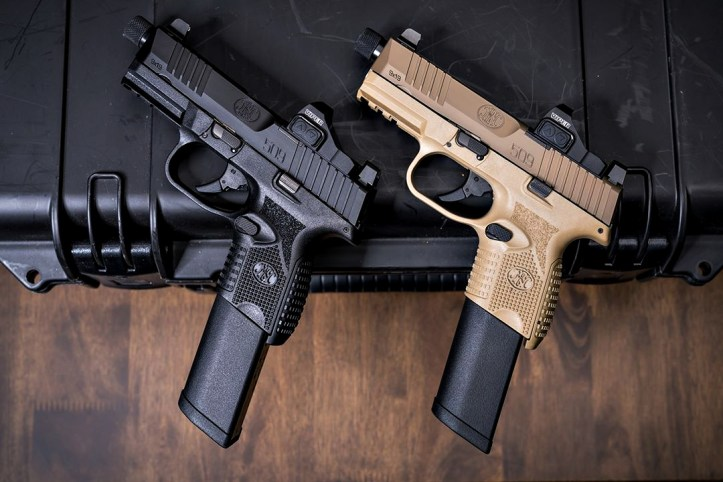 The FN 509 Compact Tactical is available in Black and FDE.