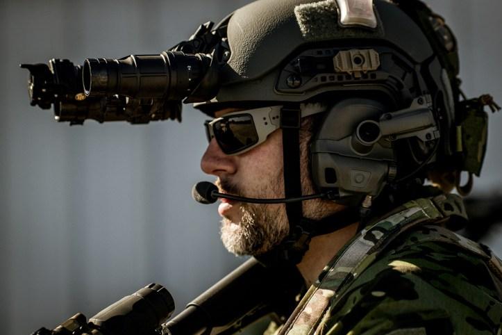 Thyrm VariArc helmet light mount.