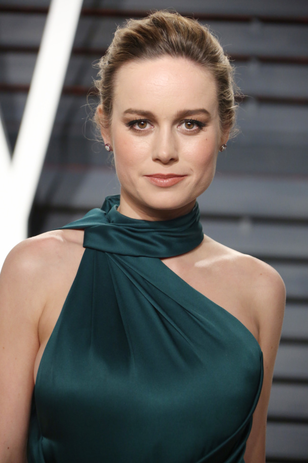 The 28-year old daughter of father Sylvain Desaulniers and mother Heather Desaulniers, 170 cm tall Brie Larson in 2018 photo