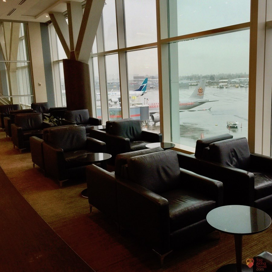 Should you pay for Air Canada Maple Leaf Lounge Access?
