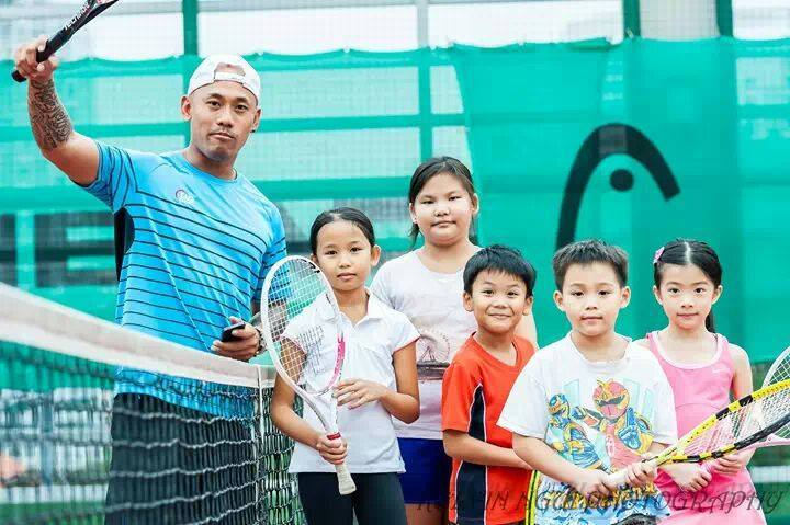 The Best Group Tennis Lessons in Singapore with TAG International Tennis Academy at Chinese Swimming Club in the East of Singapore