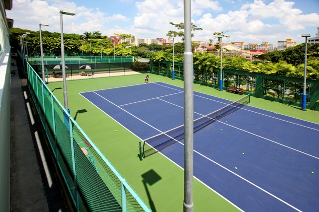 Warren Country Club Tennis Court, available for private tennis lesson by TAG International Tennis Academy