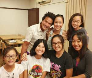 Coach XT with his girls junior students - Lim Lerr Min, Mikaela Hiu, Gabriela Hiu, Alexis Yeo, Keslyn Poh, Kiera Poh