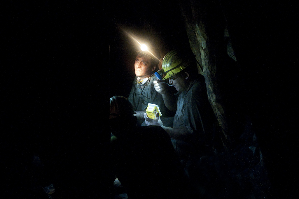 Tahir Özgür Madenciler-17
