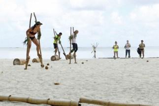 The Amazing Race: Stilt Relay in Bora Bora