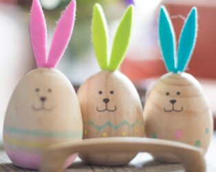 Egg-cellent Ways To Entertain Your Kids This Easter