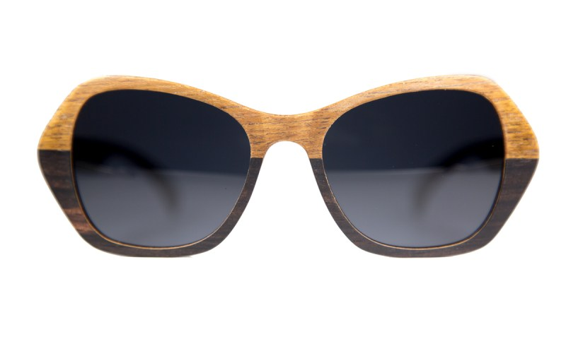 Image of the Vista sunglasses. The frames have a edged design on the outside of the frame and are two-tone in color and build.