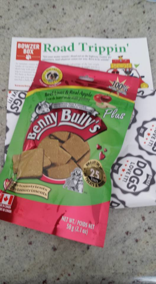 Bowzer Box Review August Road Trippin': Benny Bullys Plus (Beef liver & Real Apple)
