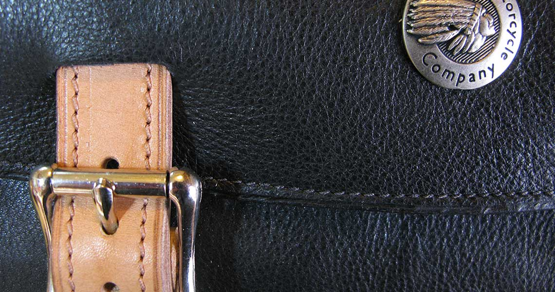 custom-made-leather-bags_leatherwork__indian-motorcycle-bag-case-a