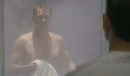 Kevin Bacon steps out to show his stuff in 'Wild Things'