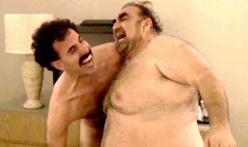Sacha Baron Cohen and Ken Davitian fights in their birthday suits in 'Borat'