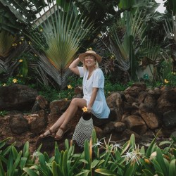 natalie roos tails of a mermaid south african travel blogger
