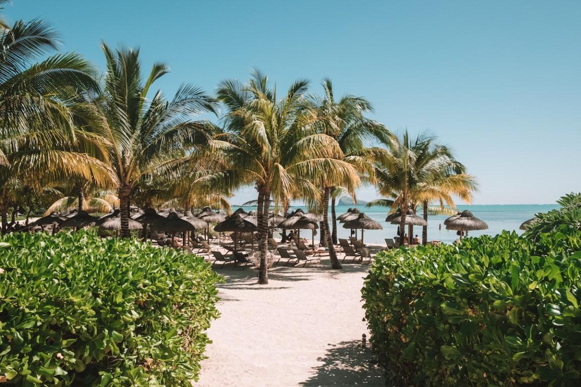 zilwa attitude hotel mauritius