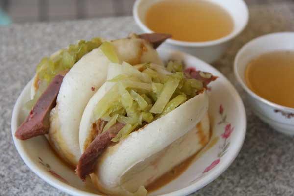 國華街美食小管道?台南市計程車帶你吃光國華街的美食