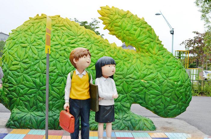 逃避現實的囧景之我與幾米公共藝術公園 約會-台南景點