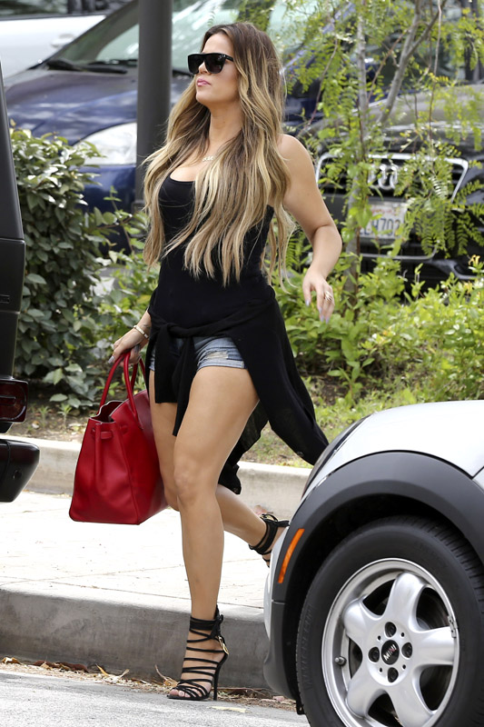 Khloe Kardashian gets Leggy for Lunch