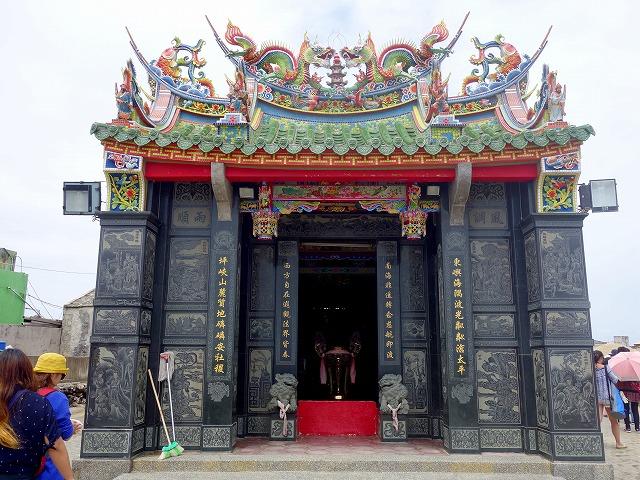 東嶼坪の廟