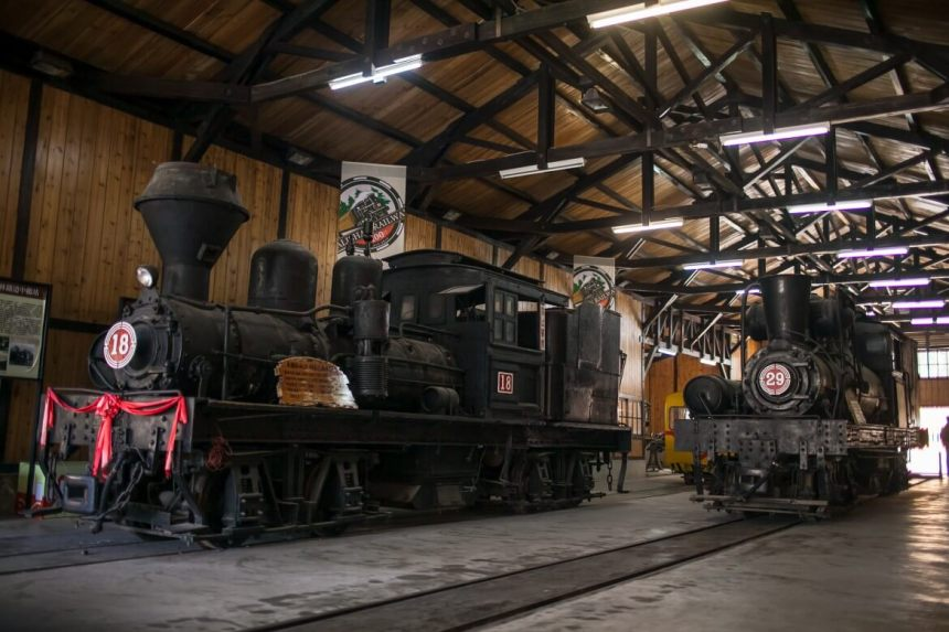 Old steam locomotives in Fenqihu