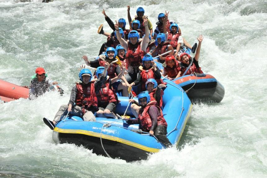 Rafting on Xiuguluan River