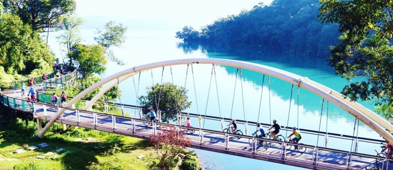 taiwan-taichung-cycling-around-sun-moon-lake