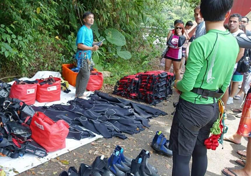 Taiwan Scene_MyTaiwanTour blog_River tracing in Tawian02