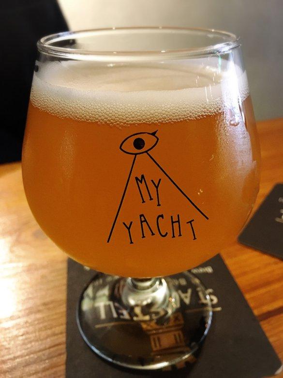 taiwan-scene-beer-restaurant-my-yacht-2