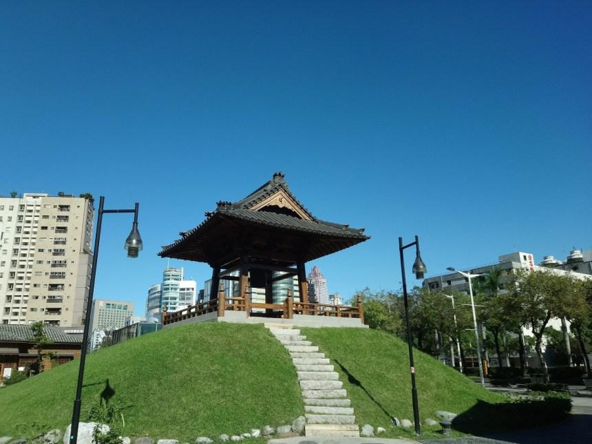 Taipie_Nishi Honganji shrine_台北西本願寺鐘樓.jpg