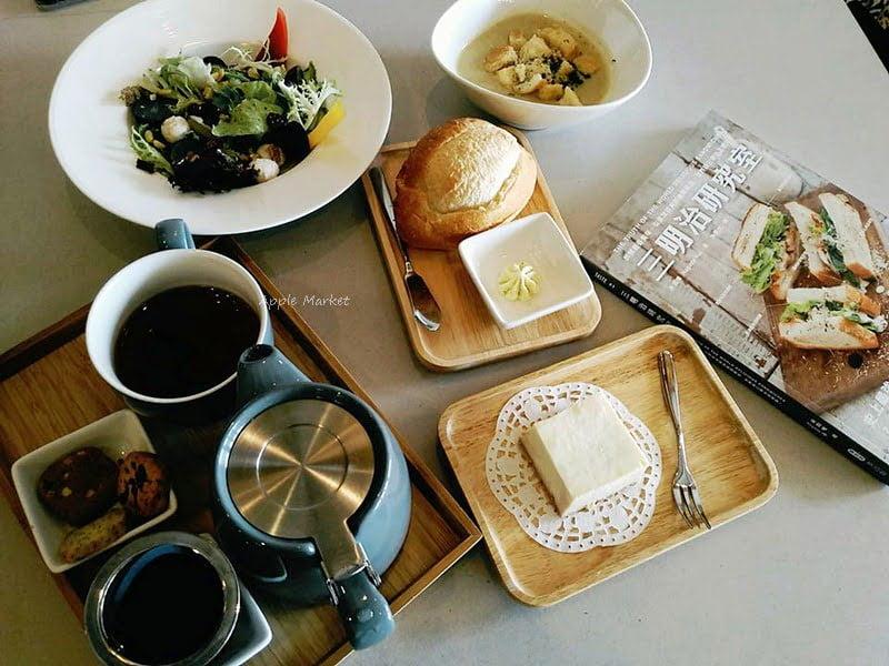 彼斯艾料理@北屯新開幕義式料理 咖啡 甜點 鹹派 下午茶 燉飯 義大利麵 排餐 友善親子餐廳