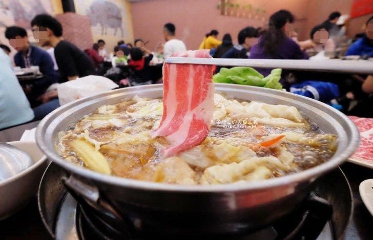 2018 03 15 224103 - 賢哥牛肉爐-來自彰化.走過一甲子的祖傳牛肉湯頭及自製沙茶醬.也有豬肉鍋