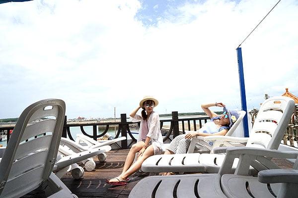 2018 07 11 235620 - 澎湖半日遊行程│搭東海遊艇去東海白灣坑休閒半日遊,還有澎湖牡蠣吃到飽