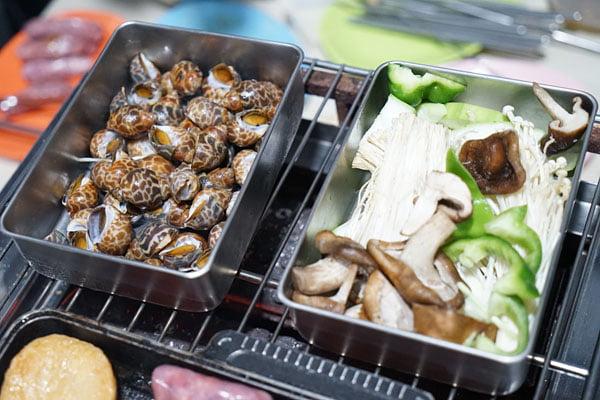 2018 07 12 222329 - 澎湖吃到飽餐廳│一品無煙燒烤380牡蠣海鮮肉品吃到飽,澎湖BBQ市區也有