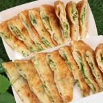 劉姥姥手工蔥油餅,外酥內Q,裡頭滿滿的青蔥,還有內用座位區~