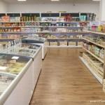 台中超大素食超市,樂膳自然無毒蔬食超市從冷凍商品、乾糧、餅乾樣樣有,可以讓你逛很久~