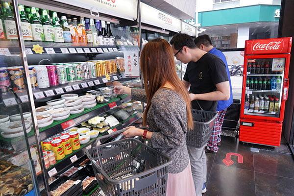 2019 03 06 195844 - 熱血採訪│全台首間燒肉超市在台中,肉多多燒肉超市想吃什麼自己拿!(已歇業)