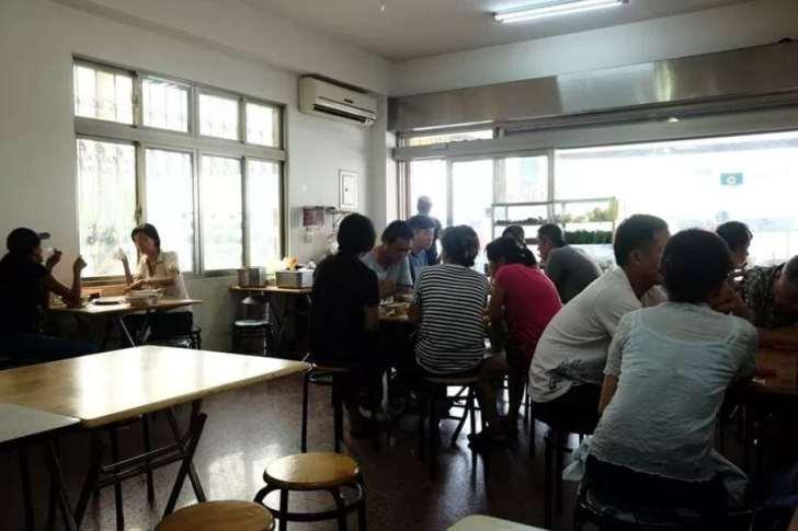 2019 06 13 103516 - 台南安南區美食│地人在吃的鄉味小吃坊,外觀看起來普通,用餐時刻人潮多