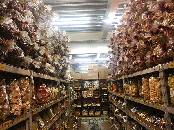 2019 10 14 003311 - 強烈建議千萬不要來會失心瘋,台南大型零食批發就在百興隆食品行