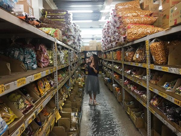 2019 10 14 003316 - 強烈建議千萬不要來會失心瘋,台南大型零食批發就在百興隆食品行