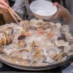 熱血採訪│台中卜卜蛤火鍋專賣店,4斤蛤蠣爽爽吃,整個鮮甜到會痛風的猛蛤蛤