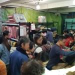 熱血採訪│烏日工廠開倉只剩7天,現場人潮擠爆,每日一物須領號碼牌
