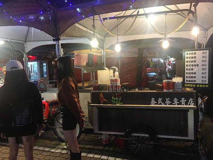 2020 01 28 223120 - 2020台灣燈會新創餐飲市集!攤位多人潮不少,賞燈記得戴口罩
