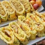 台中古早味粉漿蛋餅推薦~隱身在市場中的爆餡蛋餅!炒麵蛋餅超特別,雙色地瓜球也超好吃~