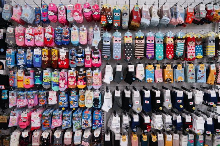 2020 08 02 083925 - 熱血採訪│只有七天,台中襪寶遷廠後首度開倉!NG襪子特賣、免費福利品都在這