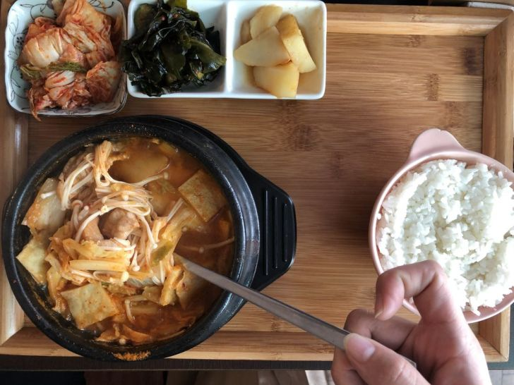 2020 12 21 002313 - 西區韓式料理|道地韓國人開的FASHION PIG 韓式熟成五花肉,總是客滿不訂位吃不到,大推肥而不膩的烤五花肉~