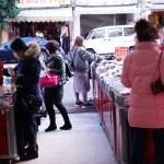 熱血採訪│今年天津路年貨大街取消了!台中襪子批發零售進駐!最低一件只要9元清倉