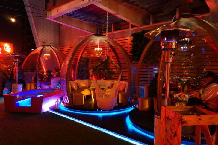 2021 02 27 142809 - 熱血採訪|台中最夯空中夢幻泡泡屋,SOAK Taichung泳池主題派對,下班小酌就約這!