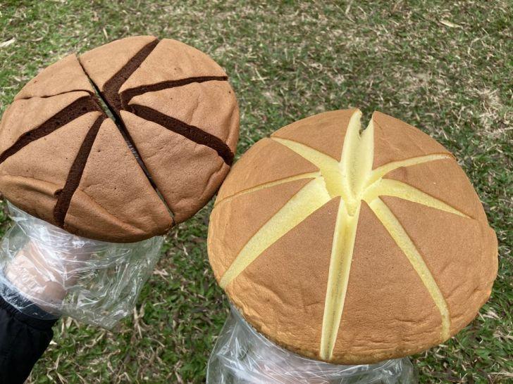 2021 02 28 224720 - 向上市場蛋糕|40年老店滋養蛋糕烘焙坊,巨型蘑菇蛋糕超蓬鬆,整顆、口味混搭都是百元有找