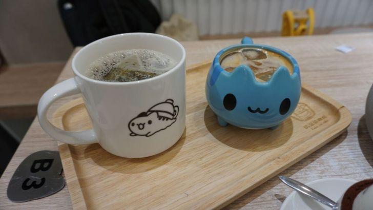 2021 03 31 020239 - 透天白色奶泡貓咖啡館好好拍,咖波迷快來找奶泡貓一起喝下午茶!