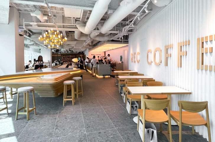 2021 04 17 171127 - REC COFFEE Taiwan│來自福岡的世界級咖啡店,眺望台中美景